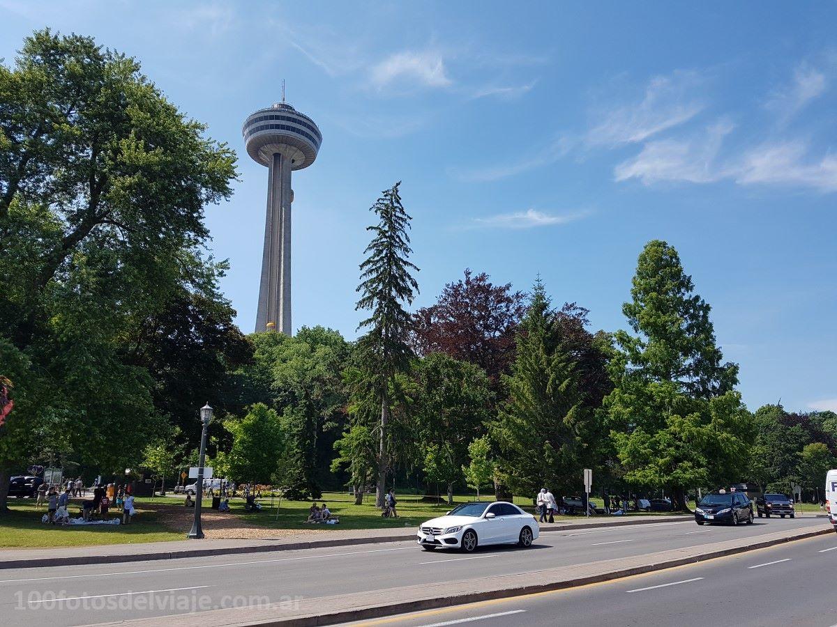 Torre Skylon